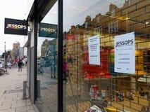 De de cameraopslag van Jessops sloot op Hoofdstraat Putney in Londen Stock Foto's