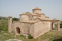 De 6de eeuw Byzantijnse Kerk van Panayiakanakaria, Lytrhrangoimi, Cyprus Stock Foto's