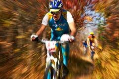 De de fietsconcurrentie van de berg stock foto's