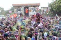 de 3de gebeurtenis van de Kleurendag in Thessaloniki Griekenland Stock Fotografie