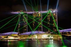 De de lasernacht van Singapore Marina Bay toont Stock Afbeelding