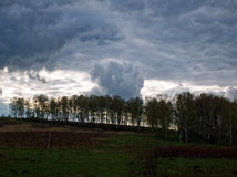 De de lentehemel vóór het onweer Royalty-vrije Stock Fotografie