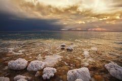 De de lenteonweersbui op het Dode Overzees Royalty-vrije Stock Foto's