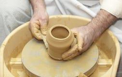De de met de hand gemaakte kunst en ambacht van het aardewerk Stock Foto's