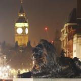 De de Nachtmening van Londen, omvat Big Ben Royalty-vrije Stock Foto's