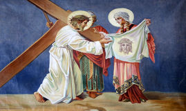 de 6de Posten van het Kruis, Veronica veegt het gezicht van Jesus af Royalty-vrije Stock Afbeeldingen