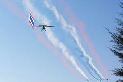 De de rookemissies van de vliegtuigkleur Royalty-vrije Stock Foto