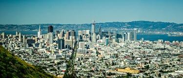 De de stadshorizon van de binnenstad van San Francisco in Californië Royalty-vrije Stock Afbeelding