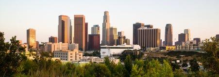 De de Stadshorizon Van de binnenstad van zonsopganglos angeles Californië Stock Foto