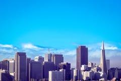 De de stadshorizon van San Francisco bij zonsopgang Royalty-vrije Stock Foto's