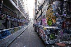 De de straatkunst van de Hosiersteeg is één van de belangrijkste toeristenaantrekkelijkheid in Melbourne Stock Foto's
