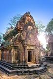 De de Tempelruïnes van Banteaysrey (Xth-Eeuw), Siem oogsten, Kambodja stock afbeeldingen