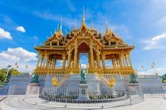 De de Troonzaal van Anantasamakhom is beroemd oriëntatiepunt in Bangkok, Thail stock afbeeldingen