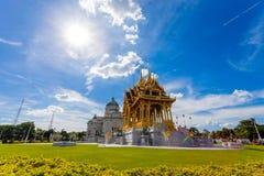 De de Troonzaal van Anantasamakhom is beroemd oriëntatiepunt in Bangkok, Thail stock afbeelding