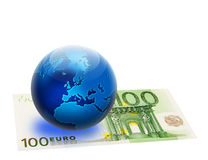 De de verenigde vlag en bol van Europa meer dan 100 euro Royalty-vrije Stock Afbeeldingen