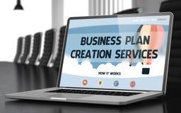 De de Verwezenlijkingsdiensten van het Businessplan op Laptop in Vergaderzaal 3d Stock Foto's