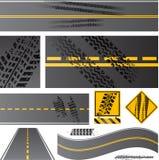 De wegvector van het asfalt met bandsporen Stock Afbeelding