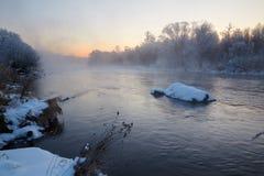 De de winterrivier Royalty-vrije Stock Foto's
