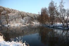 De de winterrivier Stock Afbeelding