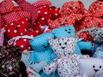 De decoratie van de Kerstmismarkt - met de hand gemaakte textiel Royalty-vrije Stock Foto's