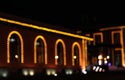 De decoratie van de Kerstmisstad met lichten het gloeien Royalty-vrije Stock Fotografie