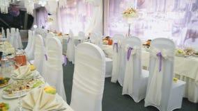 De decoratie van de luxezaal voor huwelijksvieringen stock footage