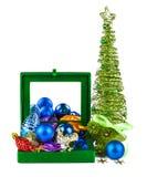 De decoratie van Kerstmis in doos stock afbeelding