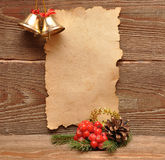 De decoratie van Kerstmis en oud document Stock Foto's