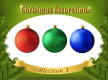 De decoratie van Kerstmis Inzameling van de ballen van het kleurenglas Stock Foto's
