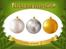 De decoratie van Kerstmis Inzameling van witte, zilveren en gouden gl Stock Afbeelding