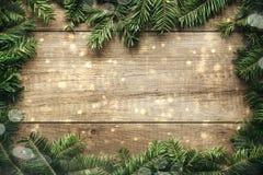 De decoratie van Kerstmis met houten achtergrond Royalty-vrije Stock Afbeeldingen