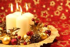 De decoratie van Kerstmis met kaarsen Royalty-vrije Stock Foto