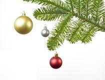 De decoratie van Kerstmis met rode, zilveren, gouden bal Royalty-vrije Stock Foto