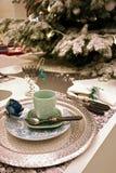 De decoratie van Kerstmis met zilveren dienblad Stock Fotografie
