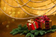 De decoratie van Kerstmis Nieuwe jaargiften stock afbeelding