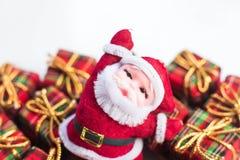De decoratie van Kerstmis op abstracte achtergrond vrolijke Kerstmis en gelukkige nieuwe jarenachtergrond Kaartidee Stock Foto's
