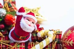 De decoratie van Kerstmis op abstracte achtergrond vrolijke Kerstmis en gelukkige nieuwe jarenachtergrond Kaartidee Royalty-vrije Stock Afbeeldingen