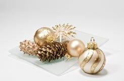 De decoratie van Kerstmis op een glasplaat Stock Fotografie