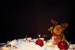 De decoratie van Kerstmis op zwarte achtergrond stock afbeelding