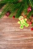 De decoratie van Kerstmis over houten achtergrond Stock Foto