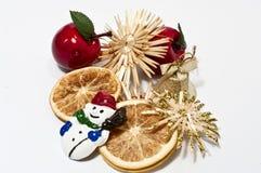 De decoratie van Kerstmis in rood en beige Stock Foto's