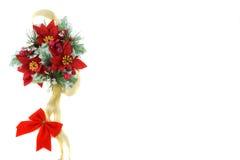 De decoratie van Kerstmis van poinsettia met gouden lint Stock Fotografie