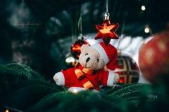 De decoratie van Kerstmis Vrolijke Kerstmis en Gelukkig Nieuwjaar stock foto's