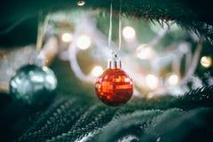 De decoratie van Kerstmis Vrolijke Kerstmis en Gelukkig Nieuwjaar stock afbeelding