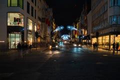 De decoratie van de Kerstmisstraat op Nieuwe Bandstraat in Londen het UK Royalty-vrije Stock Foto's