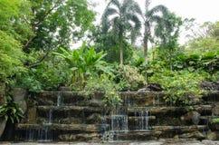 De decoratie van de watereigenschap die in Kuala Lumpur Perdana Botanical Gardens wordt gevestigd royalty-vrije stock afbeelding