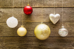 De decoratieballen van Kerstmis Stock Afbeeldingen