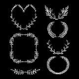 De decoratieve uitstekende kaders overhandigen getrokken lauwerkrans het vectorkrijt getrokken kader van laurierbladeren royalty-vrije illustratie