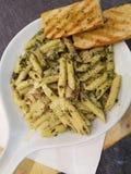 De Deegwaren van Pesto van de kip Royalty-vrije Stock Fotografie