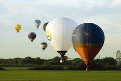 De deelnemers van het festival van het ballooning stock afbeeldingen